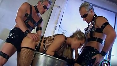 Hot blonde Sharka Blue getting kinky in threesome