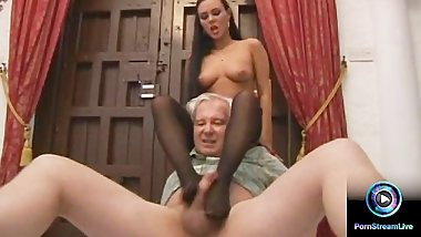 Luscious Valentina Velasquez gives sensual footjob to grandpa