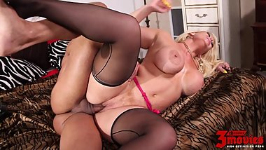 Alura Jenson Is That Classic BBW Blonde That You Just Want To Get Lost In