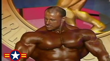 MUSCLEBULL ART ATWOOD - 2005 ARNOLD CLASSIC