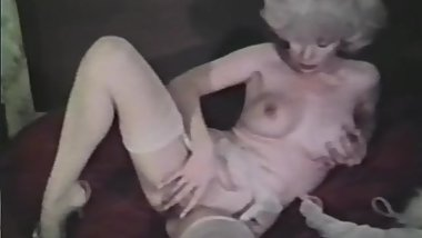 Softcore Nudes 624 70's and 80's - Scene 9