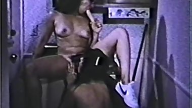 Solo Females, Nudes and Lesbians 30 1970's - Scene 3