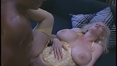 Blonde Milf with big breast - Chessie Moore