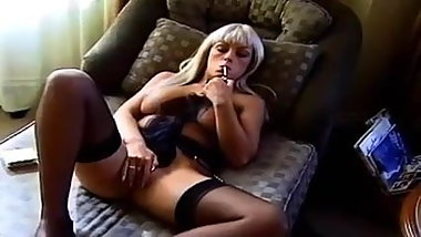 Classic Hot Blonde Cougar in Heels Smokes and Diddles