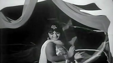 Naima Akef - classical belly dance